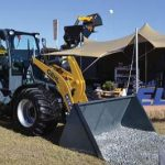 ELB Equipment wys tawwe toerusting by NAMPO