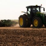 Cover a lot more hectares in a lot less time with the John Deere 2680H High-Performance disk